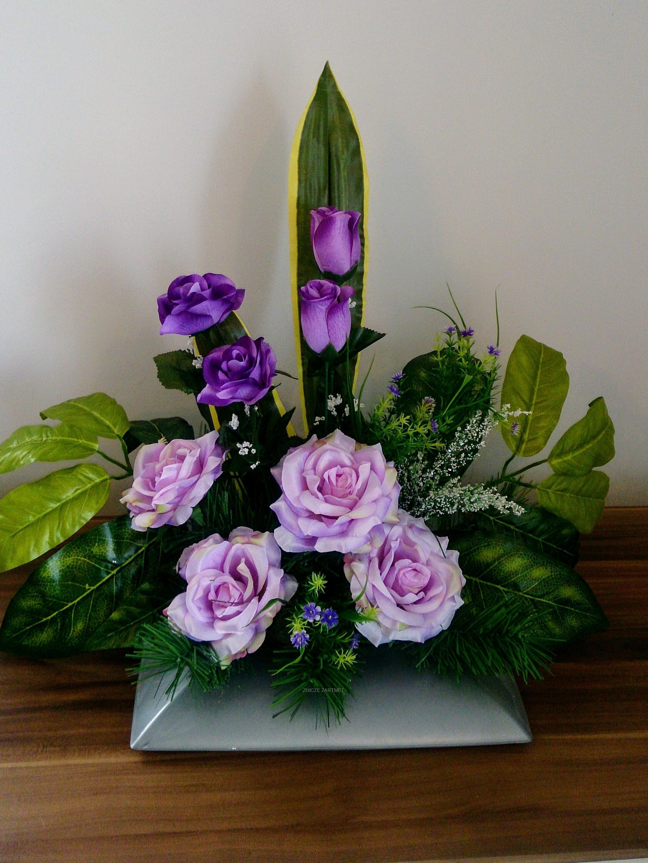 Stroiki Na Grób Cmentarz Róże Dekoracja Nagrobna Kompozycja Kwiaty Sztuczne